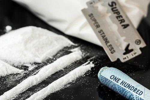 Com amostras só de Santos, G1 diz que Litoral de SP está contaminado com cocaína
