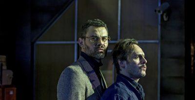 """Inquietante obra de Orwell, """"1984"""", está de volta agora no Teatro Porto Seguro"""
