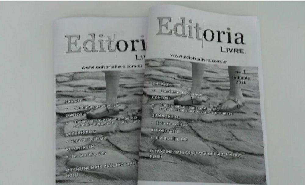 Dois exemplares do fanzine Editoria Livre lado a lado