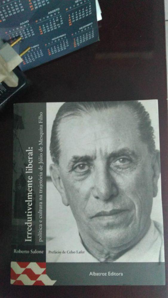 Capa do livro Irredutivelmente liberal