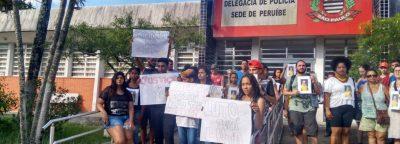 Familiares marcham por justiça e pelo descanso de Rodrigo Marques