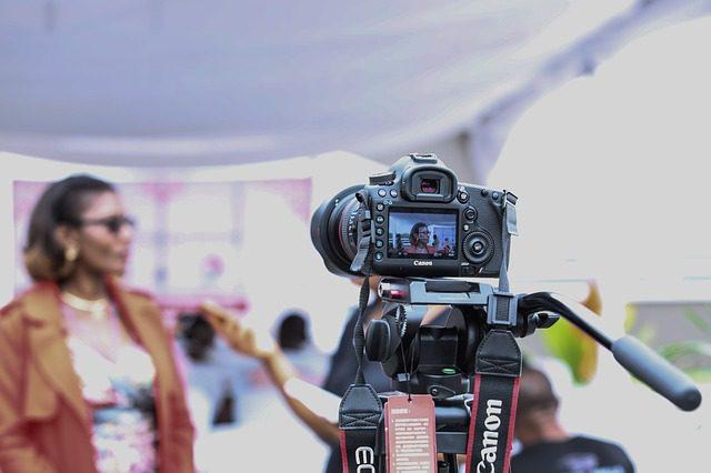 camera fotográfica filmando