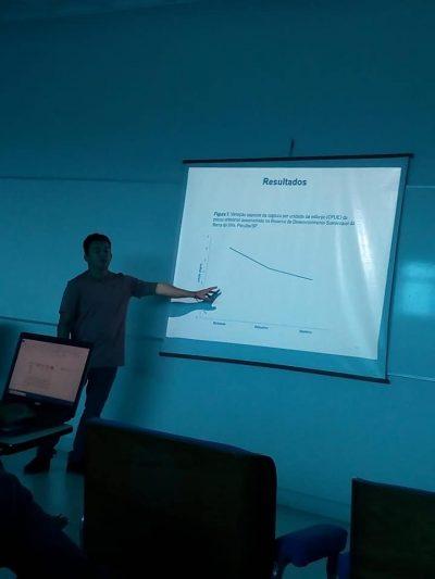 Morador de comunidade caiçara defende dissertação de mestrado em Ecologia