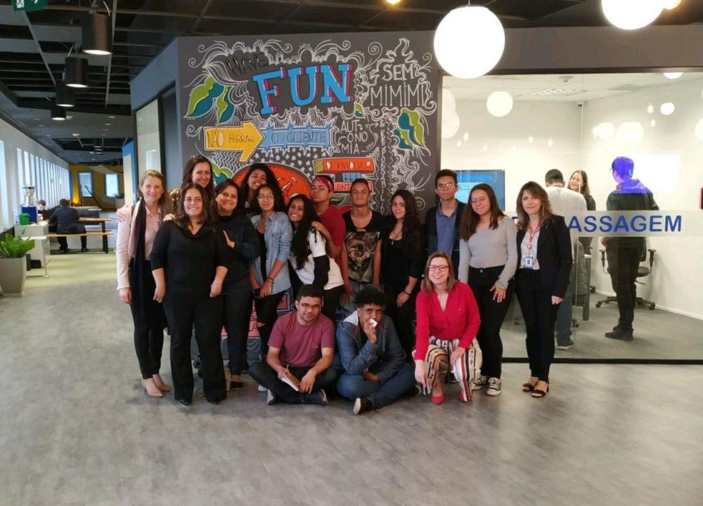 O Berro e grupo Mulheres do Brasil no Luiza Labs