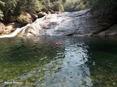 Vídeos: Cabeça d'água pode atingir a Cachoeira do Paraíso nesta época de Verão