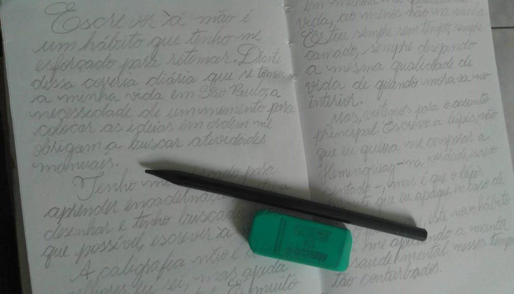 O velho novo hábito de escrever à mão
