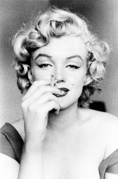 O glamour do cigarro está de volta?